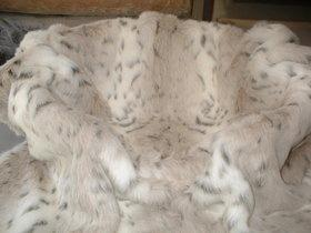 Snow Lynx Faux Fur Pet Throw Small (54 x 54cm)